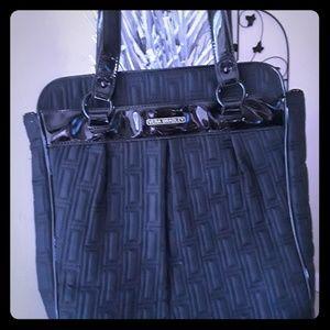 Stunning Vera Bradley laptop bag.